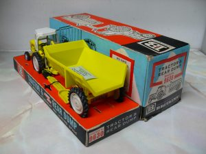 fordson-major-industrial-shawnee-pool-trailer-1965-version-britains-5